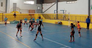 As rapazas do equipo sénior non lograron impoñerse ás ourensás do Asesores Vila Castro