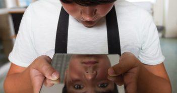 """Imaxe de Pablo durante a súa participación no obradoiro """"Son de aquí, miro así"""", impartido por Videodinamizarte durante a Chanfaina Lab"""