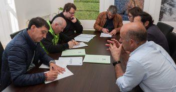 Sinatura dos convenios co CF San Sadurniño, o Club MTB Biela e Chaveta e o CV Aldebarán