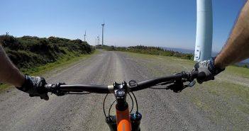 Captura de pantalla do vídeo promocional do trail