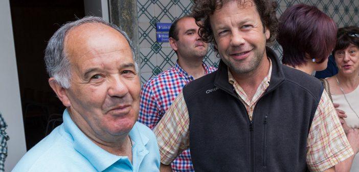 Eduardo Lourido xunto co histórico militante socialista José Antonio Grandal Carballo -á esquerda- durante o acto de constitución da actual corporación municipal