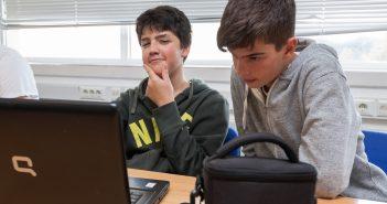 Pablo e Iago traballaron man a man para sacar adiante o proxecto