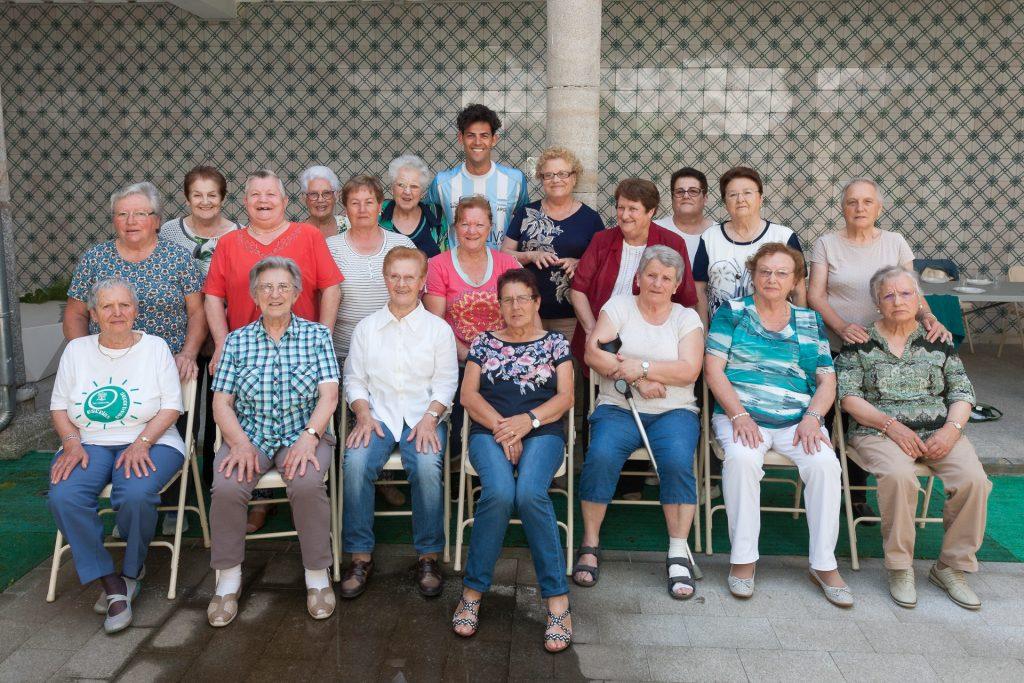Foto de familia das participantes nas actividades de ximnasia de mantemento