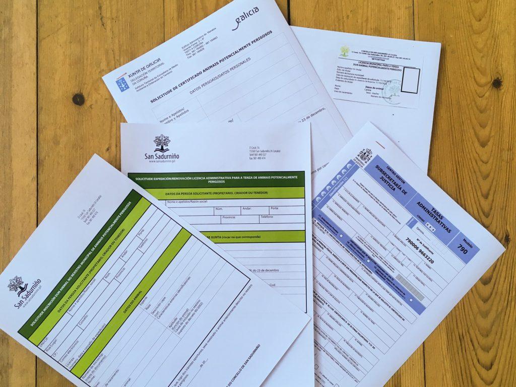 A licenza e mailo rexistro son trámites que deben facerse no Concello