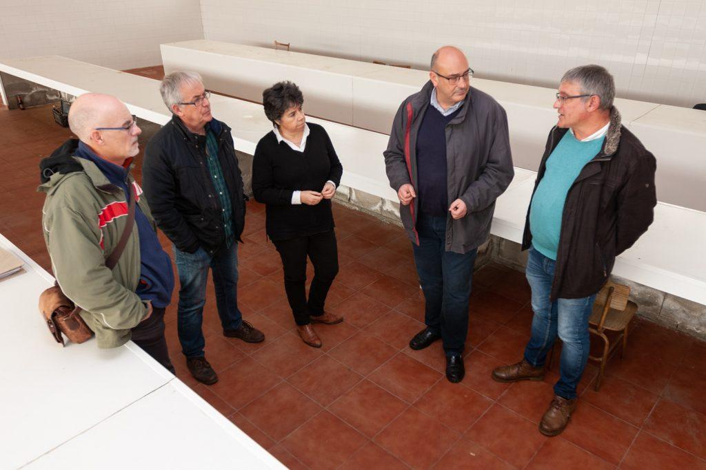 O futuro centro de transformación aproveitará a antiga nave dos queixos de San Ramón, que deberá ser reformada e equipada