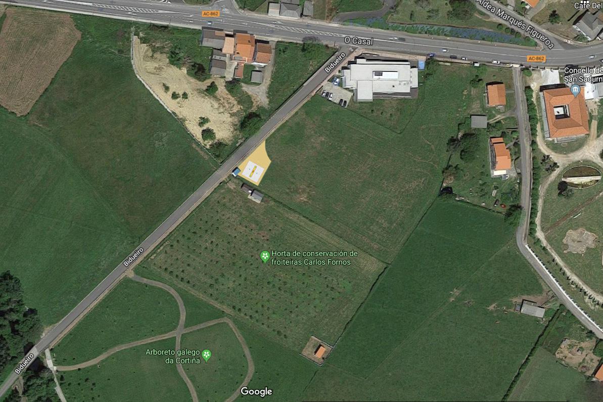 A área quedará ao carón das casetas da horta e a escasos metros da AC-862