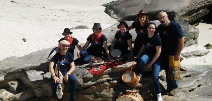 O grupo de música tradicional Silbarda pechará a noite con cantos de taberna empatados cunha foliada libre