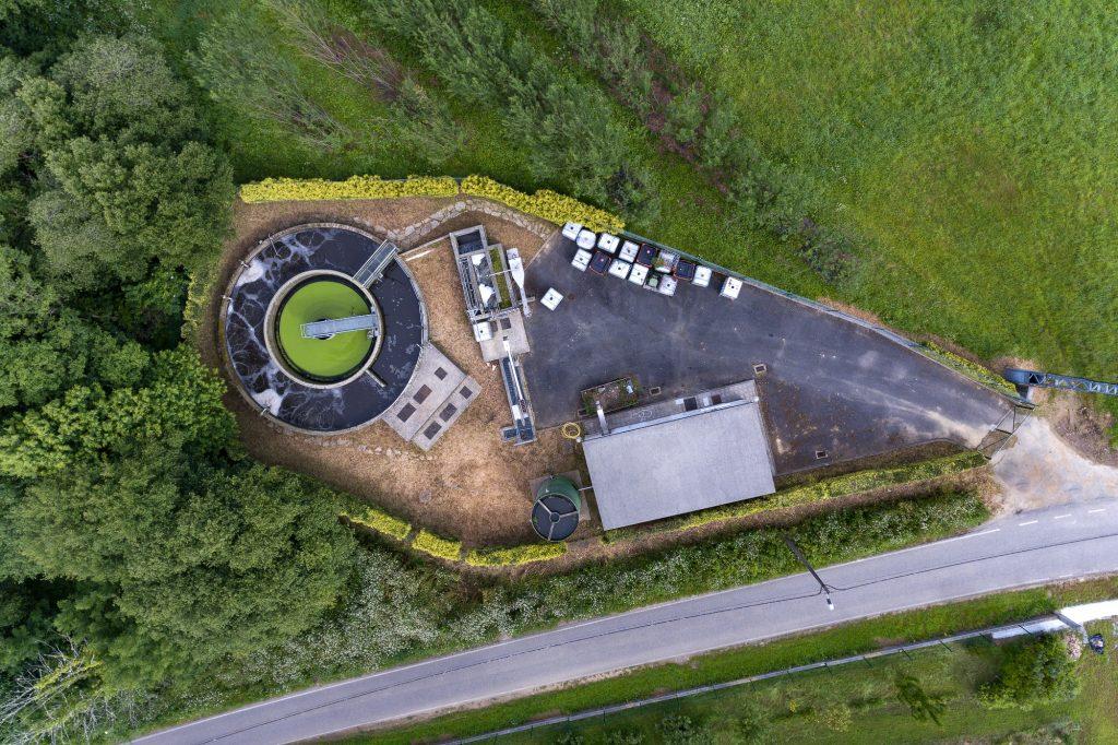Na EDAR de Cornide están facéndose traballos de mellora da súa eficiencia, financiados por Augas de Galicia