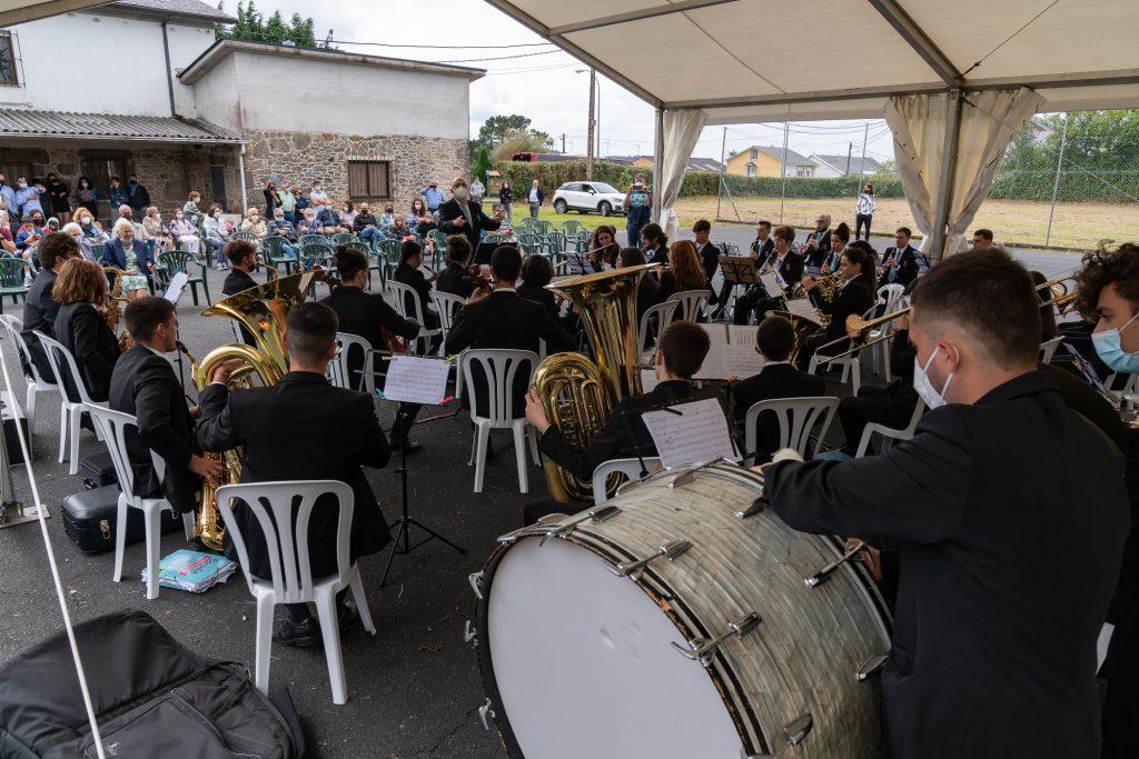 A Xove Banda de Narón pechou en Igrexafeita o ciclo estival de actuacións nos días de festa das distintas parroquias